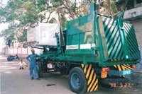 Side Loading Garbage Compactor